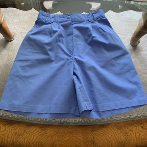Nurse's uniform shorts